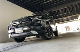 LOWENHART GXL206 × RAV4 アドベンチャー -